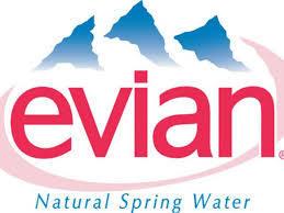 물이 알프스 지하수에서 비롯된 것임을 상징하는 에비앙 로고